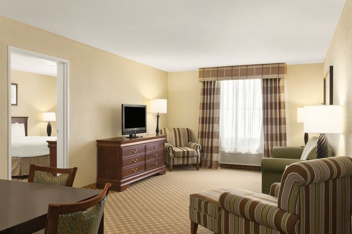 Profile Photos of Country Inn & Suites by Radisson, Hobbs, NM 5220 Lovington Highway - Photo 5 of 10