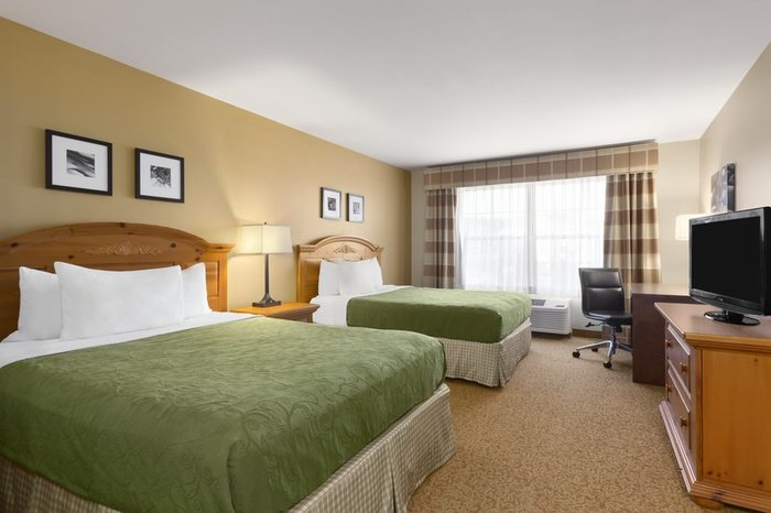 Profile Photos of Country Inn & Suites by Radisson, Rochester South, MN 77 Woodlake Drive Southeast - Photo 10 of 10