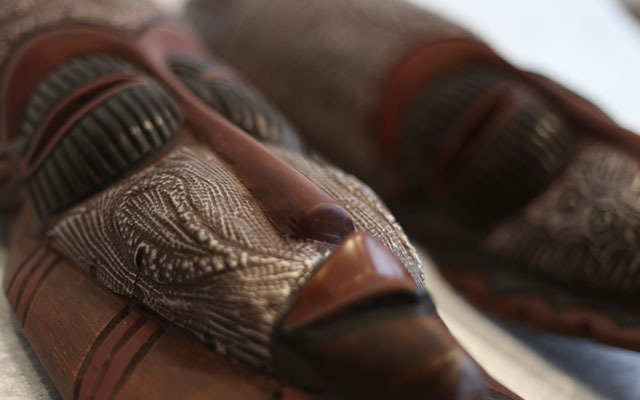Selection of Products of Arts and Crafts of Africa Ltd 235 High Street - Photo 7 of 8