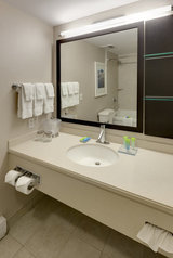 Profile Photos of Radisson Hotel & Suites Fallsview, ON