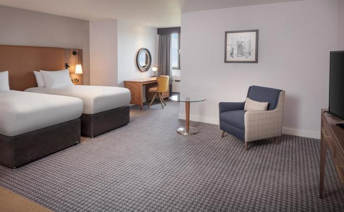 Guest Room at DoubleTree by Hilton Oxford Belfry Profile Photos of DoubleTree by Hilton Oxford Belfry Milton Common - Photo 9 of 18