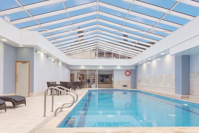 Swimming Pool at DoubleTree by Hilton Oxford Belfry Profile Photos of DoubleTree by Hilton Oxford Belfry Milton Common - Photo 13 of 18