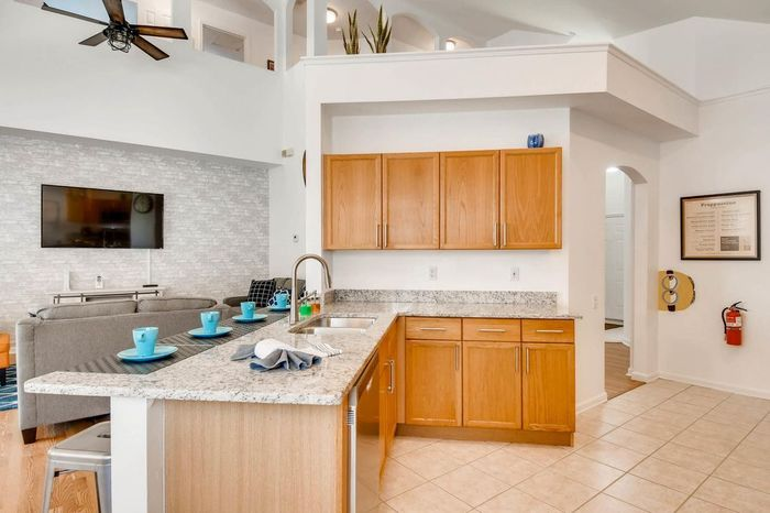 Property Management in Orlando<br />  New Album of Funstay florida 2367 Silver Palm Kissimmee - Photo 9 of 24
