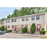 Profile Photos of Chartwell Townhouse Apartments