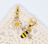Daisy and bee stitch markers