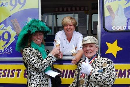 Profile Photos of Markes Ice Cream Van hire Rainham - Photo 31 of 49
