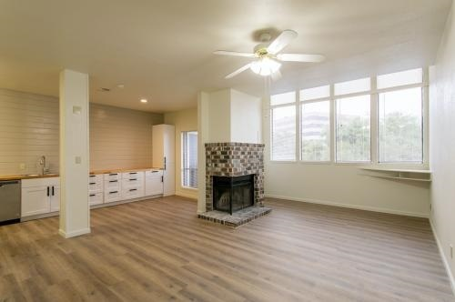 Profile Photos of Winwood Club Apartments 717 Hill Country Drive - Photo 3 of 4