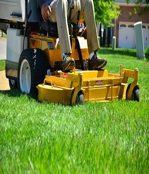 Profile Photos of Evansville Lawn Pros 1771 Vann Ave. - Photo 1 of 1