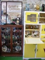 Pricelists of OldeWorlde Antiques and Collectables