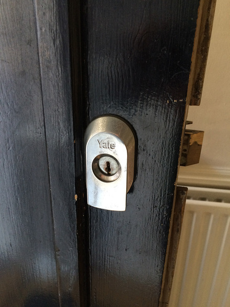 Profile Photos of Trusted Local Locksmith Clapham SW11 16 Gowrie Road - Photo 5 of 8