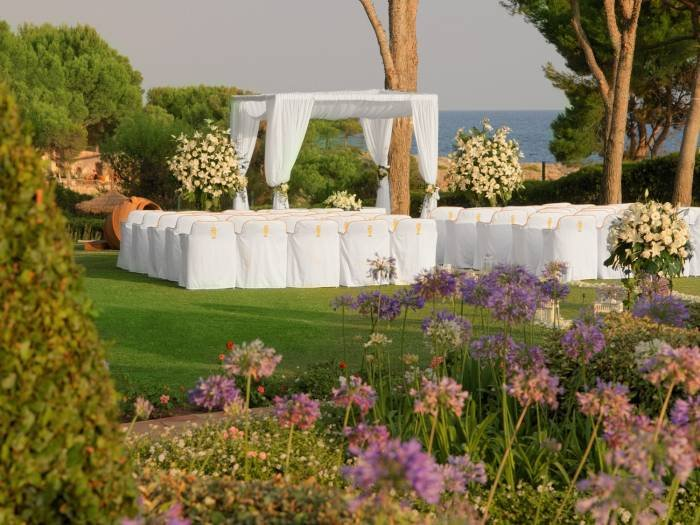 Experience tranquility and elegance in the colourful garden of the St. Regis Mardavall. Profile Photos of The St. Regis Mardavall Mallorca Resort Passeig Calvia s/n - Photo 20 of 27