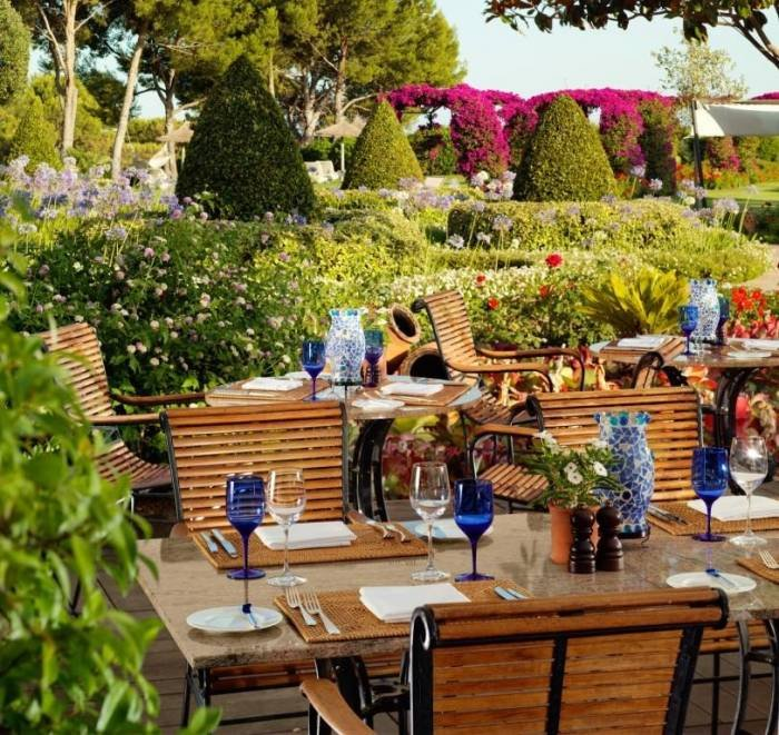 Our guests will dine in a Majorcan style with beautiful views of our gardens.<br />  Profile Photos of The St. Regis Mardavall Mallorca Resort Passeig Calvia s/n - Photo 5 of 27