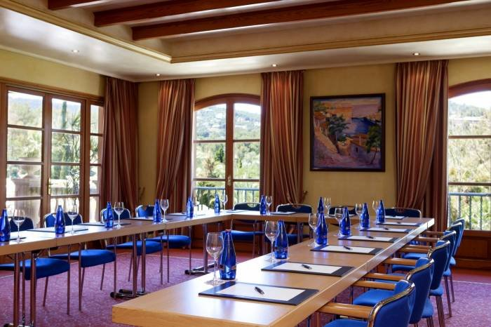 The meeting room Dragonera, with a capacity for up to 45 people, offers a stunning view from the terrace to the beautiful pool area. Profile Photos of Sheraton Mallorca Arabella Golf Hotel Carrer de Vinagrella, Urbanization Son Vida - Photo 12 of 23