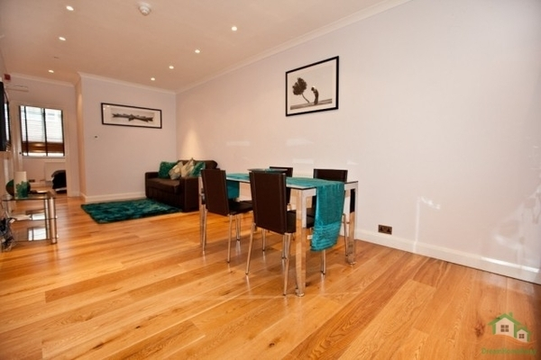 Profile Photos of Dream Home Vacations 71-75 Shelton Street, Covent Garden - Photo 11 of 15