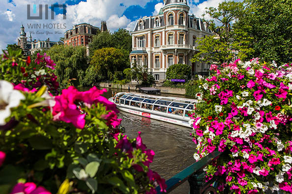 Profile Photos of Hotels in Amsterdam city centre Naritaweg 12A - Photo 1 of 3