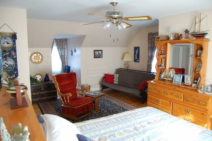 Our Harbour Captain's Suite features room for 3 or 4.  Additional adult (1) $20. Children 7 - 15 years $15. each 2 maximum.<br /> 3 piece bath ensuite, Full hot breakfast, No Tax. $119. (1 or 2 persons).  New for 2017. A 32
