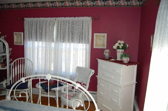 Profile Photos of Harbour Tide Inn ~ Bed & Breakfast 725 Main Street - Photo 21 of 83