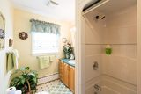 The 1St  Mate's Room  Private 4 piece bath. Harbour Tide Inn ~ Bed & Breakfast 725 Main Street