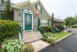 Our Entryway with garden delights everywhere. Harbour Tide Inn ~ Bed & Breakfast 725 Main Street