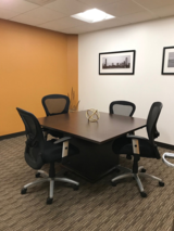 Windsor Small Conference Room - CT Divorce Mediation Center CT Divorce Mediation Center, LLC 360 Bloomfield Avenue, Suite 301 – 3rd Floor
