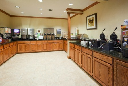 Profile Photos of Country Inn & Suites by Radisson, Albertville, MN 6554 Lamplight Drive - Photo 1 of 4