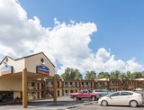 Profile Photos of Howard Johnson Inn - Flagstaff