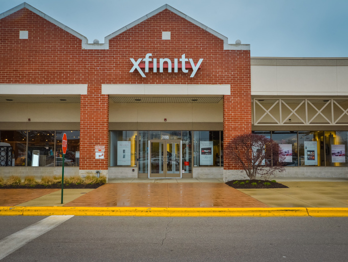 Profile Photos of XFINITY Store by Comcast 2912 Executive Parkway - Photo 2 of 4