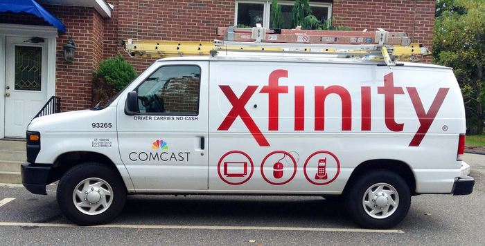 Profile Photos of XFINITY Store by Comcast 30815 Barrington St - Photo 3 of 4