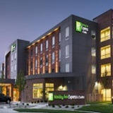Holiday Inn Express & Suites Madison Central