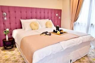 Capitolina City Chic Hotel***