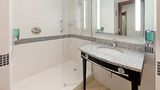 Guest Room at Hampton by Hilton Newport/East, Hampton by Hilton Newport/East, Newport