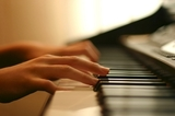 Piano Lessons Everywhere of Piano Lessons Everywhere - Learn Play Piano Online Today