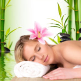 Aroma Therapy Massage in Delhi by Female to Male at Amrita Spa