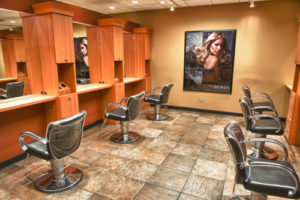 Make up Orland Park Profile Photos of Lisa Thomas Salon in Orland Park 8132 W 143rd St - Photo 3 of 7