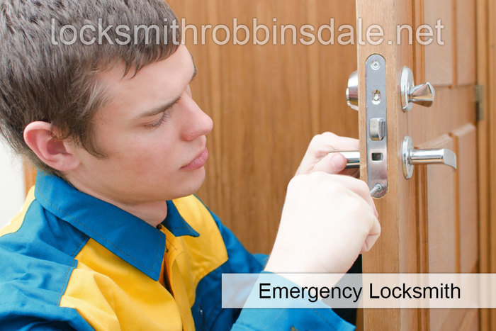 Profile Photos of Locksmith Robbinsdale 4080 West Broadway, Suite 150B, - Photo 3 of 8