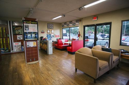 Profile Photos of Beiler's Auto Repair Inc. 5820 Palmer Blvd - Photo 4 of 4