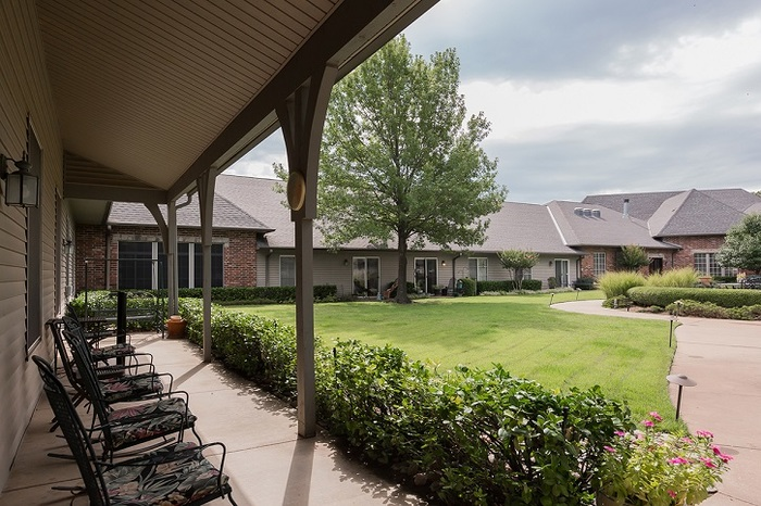 Profile Photos of The Parke Assisted Living 7821 E 76th St - Photo 5 of 10