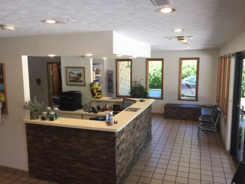 PHOTOS of Elk Valley Veterinary Hospital 913 Old Frame Road - Photo 1 of 10