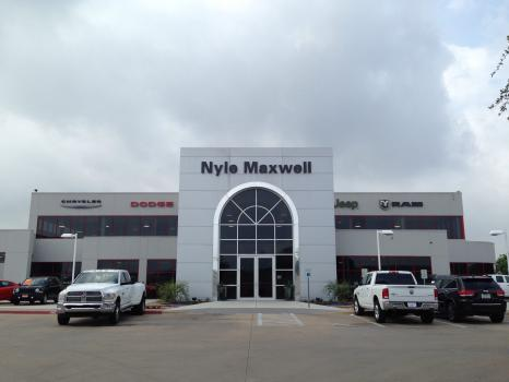4 Of 4 Photos Pictures View Nyle Maxwell Chrysler Dodge Jeep Ram