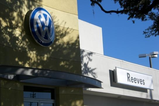 Profile Photos of Reeves Volkswagen 11337 N Florida Ave. - Photo 2 of 5