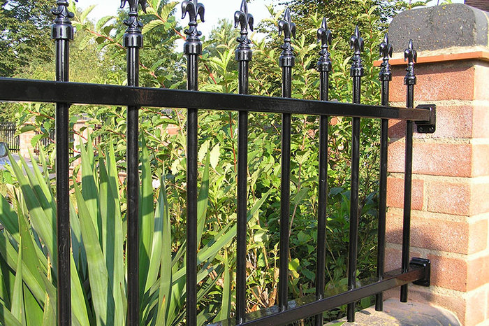 Black ColourRail Example ColourRail Examples of ColourFence Garden Fencing - Harborough 10 Station St, - Photo 1 of 1