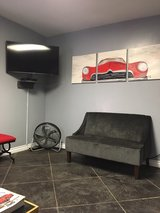 Beautifully Designed Waiting & Lounge Area for all the customers at Proshop Automotive, Colton, CA