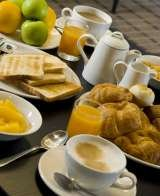 Enjoy a completely FREE buffet breakfast with Holiday Inn Express