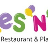 Giggles N Hugs Family Restaurant and Playspace