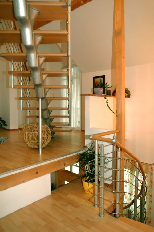 New Album of Spiral Stairs, Railing And Stair Threads 16 Cedar Ln - Photo 4 of 6