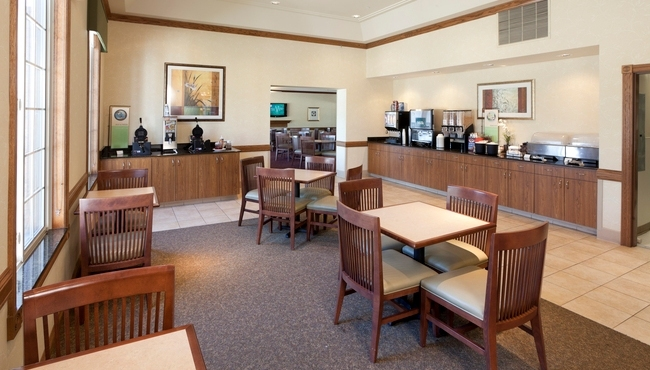 Profile Photos of Country Inn & Suites by Radisson, Chanhassen, MN 591 West 78 Street - Photo 7 of 7
