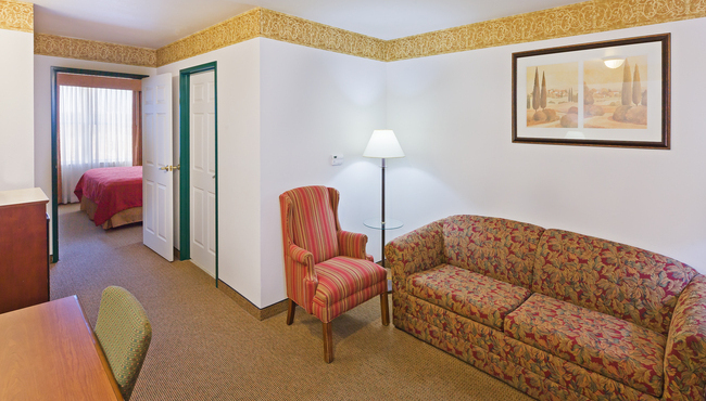New Album of Country Inn & Suites by Radisson, Chambersburg, PA 399 Bedington Boulevard - Photo 6 of 8