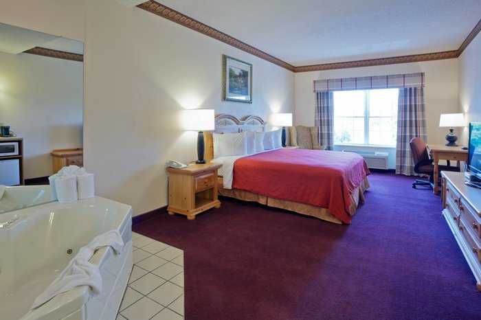 Profile Photos of Country Inn & Suites by Radisson, Cortland, NY 3707 Route 281 - Photo 8 of 10