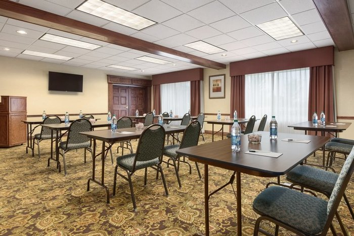 Profile Photos of Country Inn & Suites by Radisson, Council Bluffs, IA 17 Arena Way - Photo 8 of 10