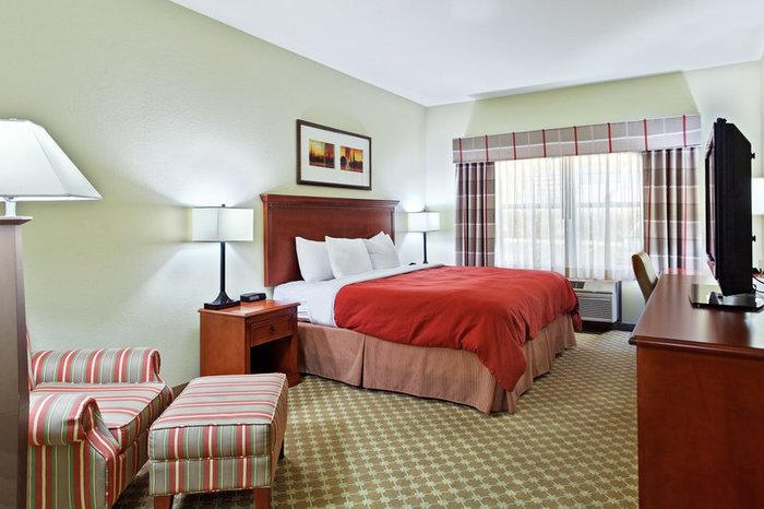 Profile Photos of Country Inn & Suites by Radisson, Freeport, IL 1710 S. Dirck Drive - Photo 6 of 10